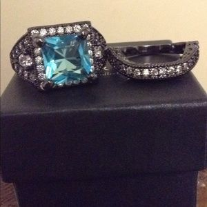 Black and Blue Wedding Ring Set